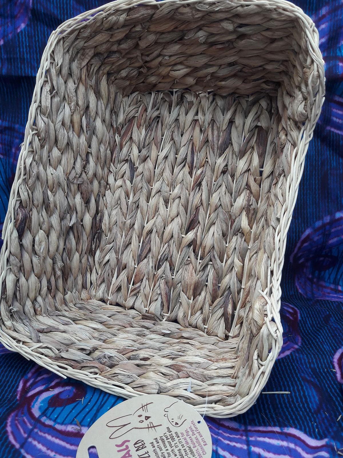 Lit XL en hyacinthe et rattan