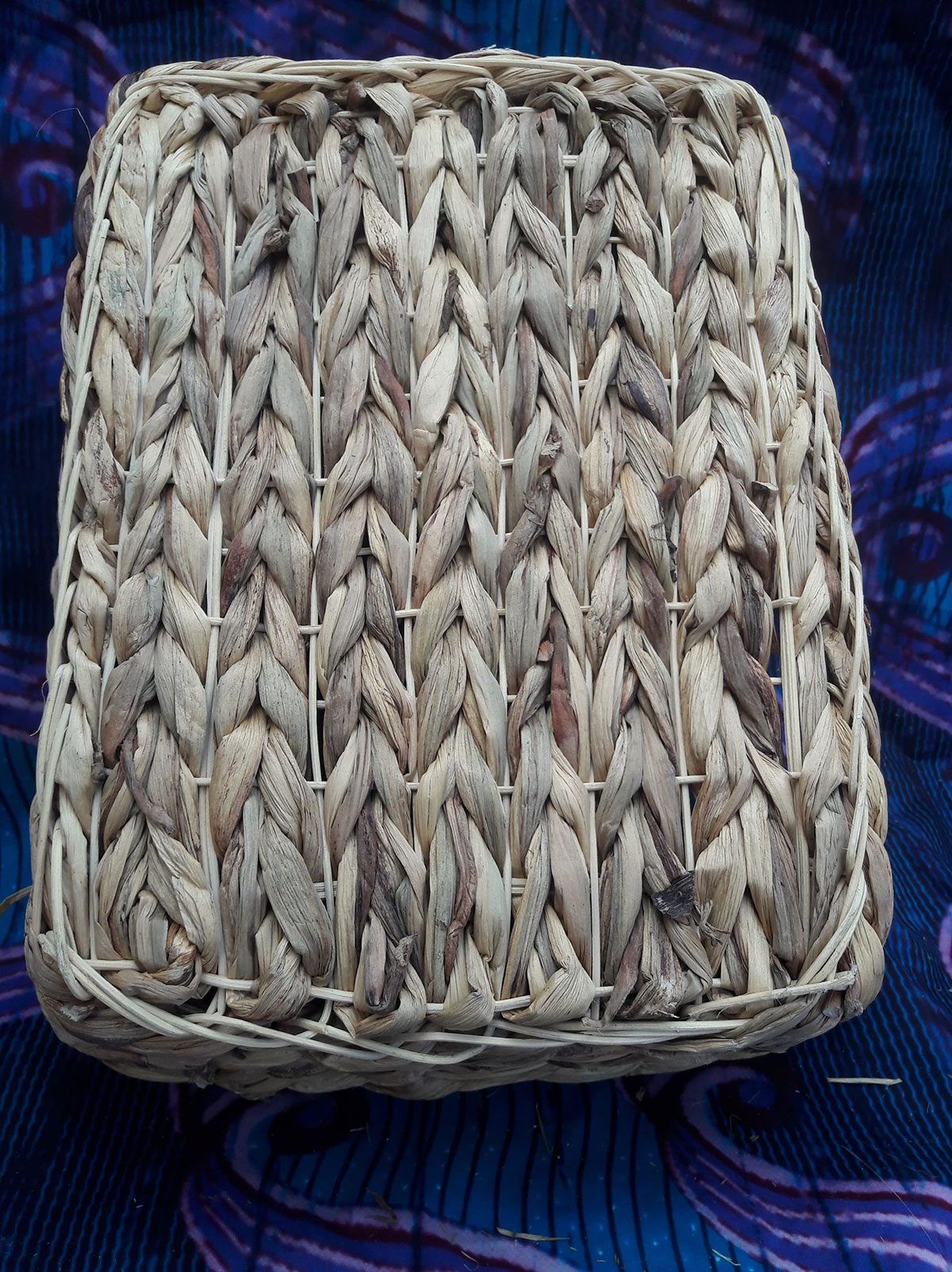 lit-hyacinthe-rattan-2